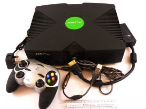Retro Gaming With Old Xbox -